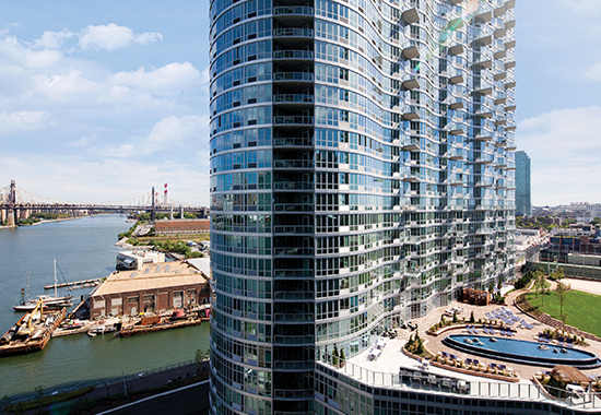 10 nyc buildings with stunning river views julep by for 10 river terrace nyc